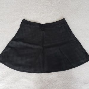 Express black faux leather skater skirt sz 0. NWT